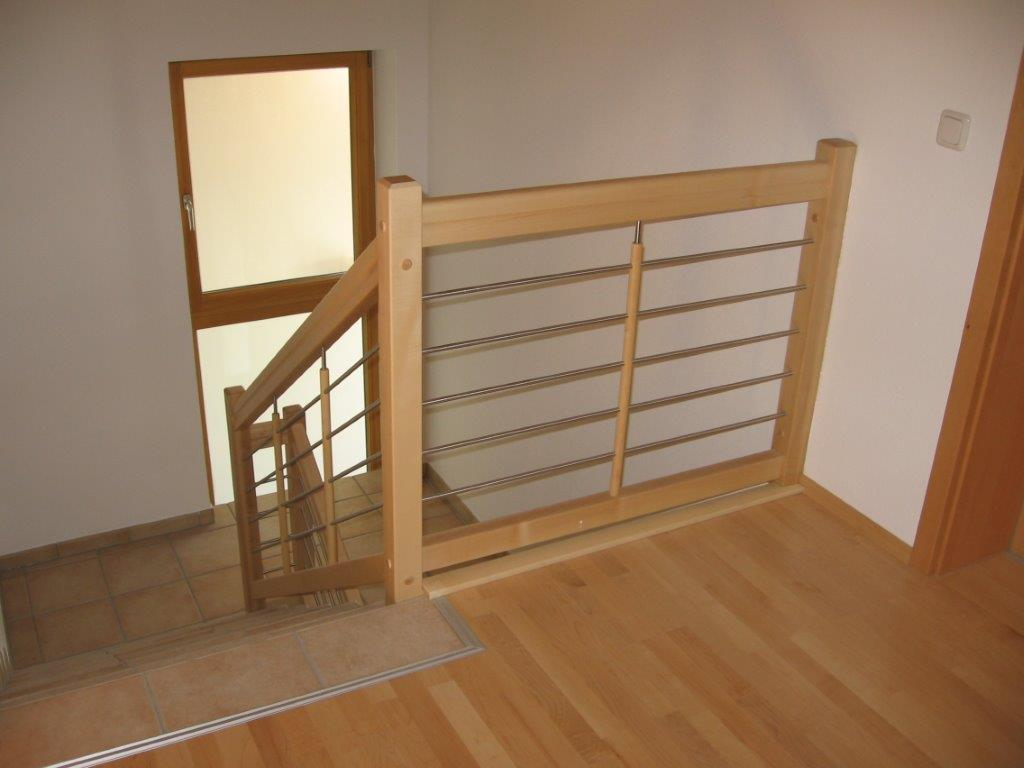 treppen attensberger gmbh k chen m bel elementestudio. Black Bedroom Furniture Sets. Home Design Ideas